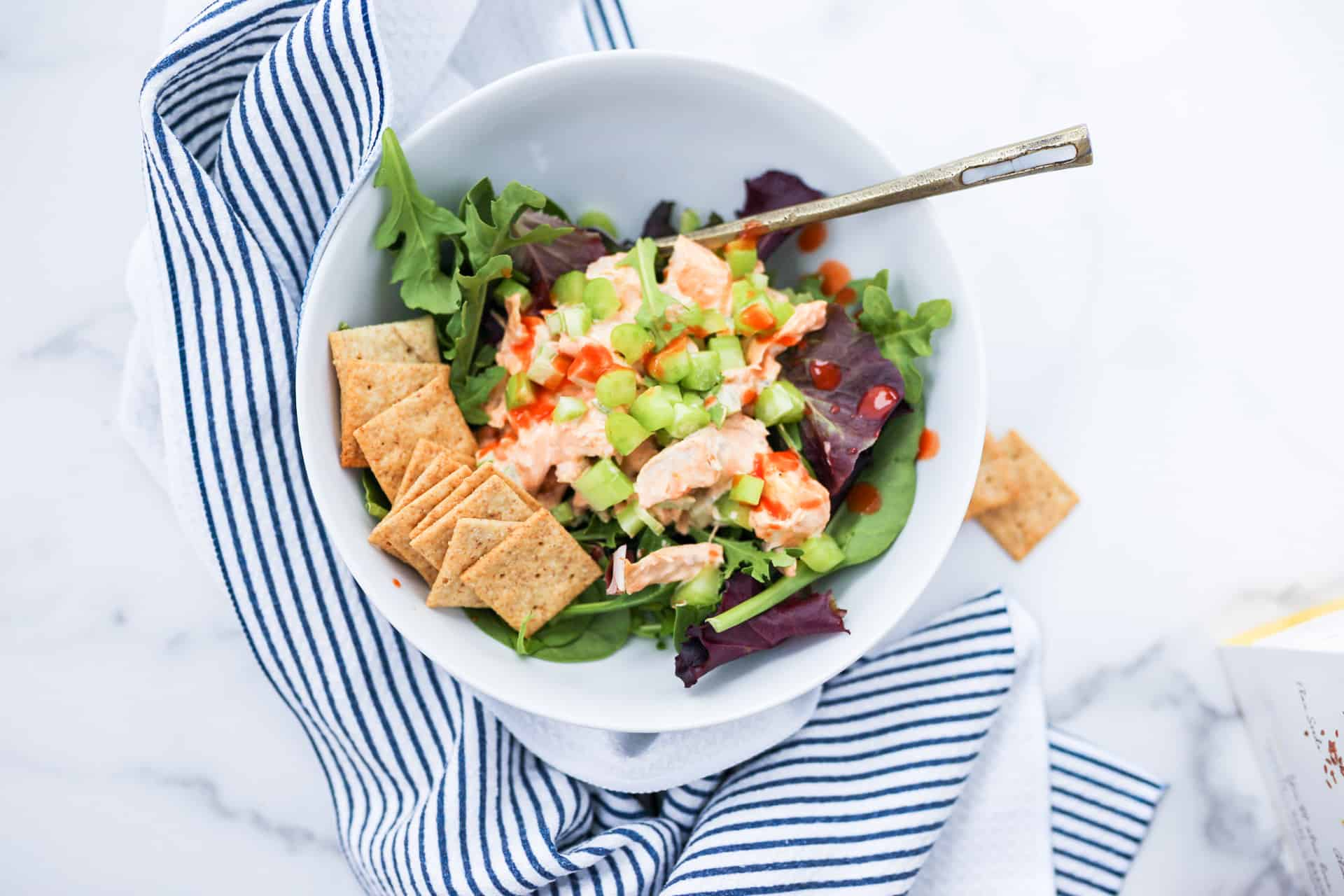 Buffalo chicken salad with crackers